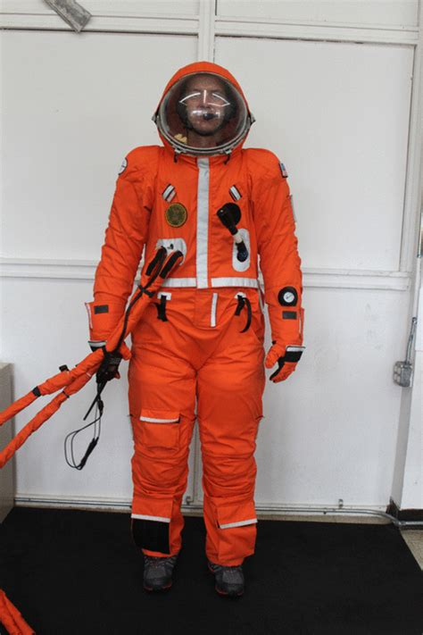 DIY space suit chosen for suborbital and supersonic