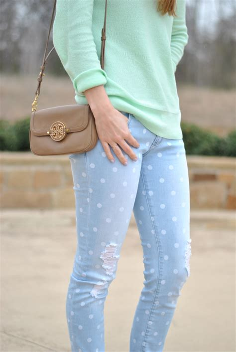My Outfits: Polka Dot Jeans - Modern Eve