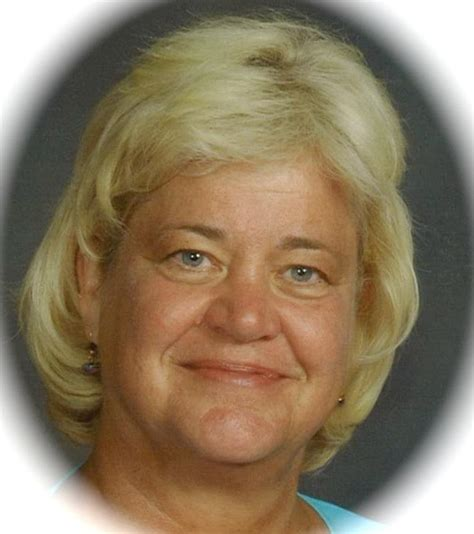 Obituary of Marilyn Schroeder | Welcome to Merkle Funeral