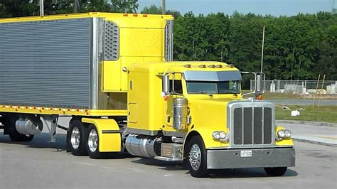Yellow Peterbilt and reefer Thermo King Yellow - Show of