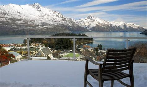 Kent 55 - Queenstown Villa for rent   Holiday Houses