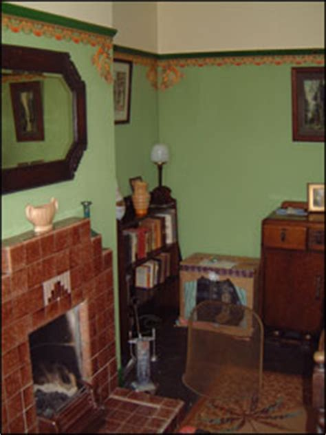 BBC - London - Features - 1940s house