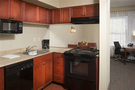 Residence Inn Memphis Downtown Suite Kitchen #traveling, #