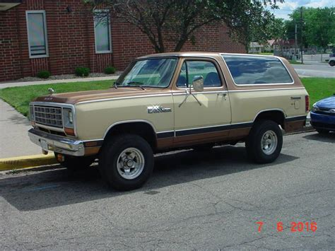 1985 Dodge Ramcharger 4x4 318 V8 Auto For Sale in