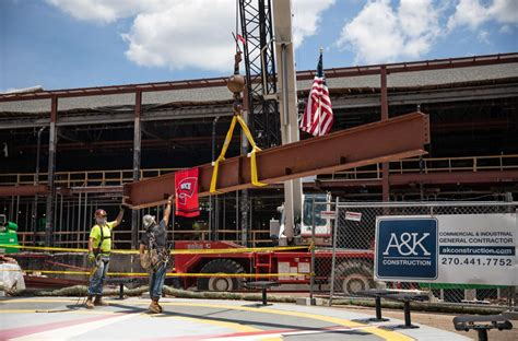 SLIDE SHOW: WKU Commons at Helm Library marks construction