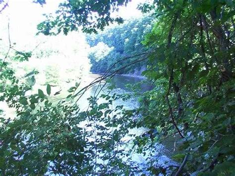 Hidden Valley Lake Metropark Hiking Trail Pictures