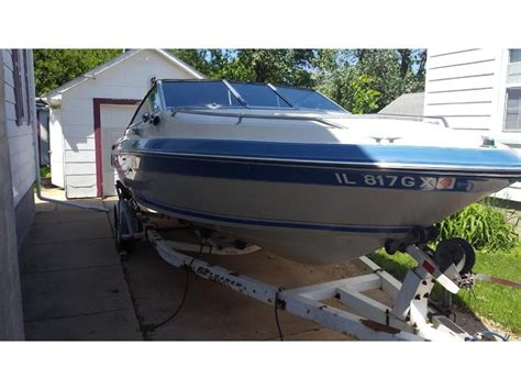 1988 Sea Ray Seville 21 Cuddy powerboat for sale in Illinois