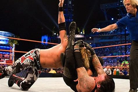 5 Professional Wrestlers Who Use MMA Moves In The Ring