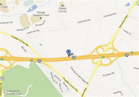 Three vehicle crash on I-95 in Lawrence leaves one dead