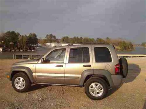 Buy used 2005 JEEP LIBERTY SPORT DIESEL AUTOMATIC 4X4 RARE