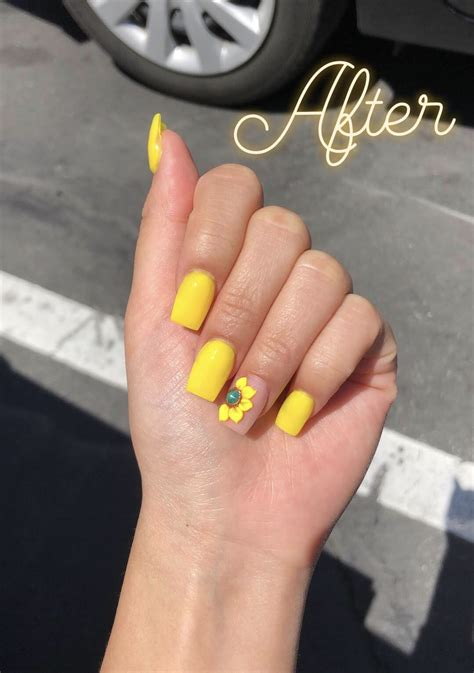 yellow sunflower nails for spring Instagram: @trina_nguyen