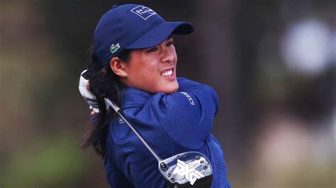 2019 Whats in the Bag with Winner Celine Boutier Vic Open