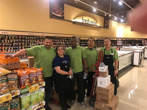 Grocery Store Workers Now Qualify as Emergency Workers