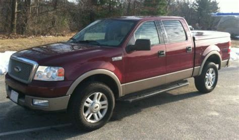 Sell used 2004 Ford F-150 Lariat Crew Cab Pickup 4-Door