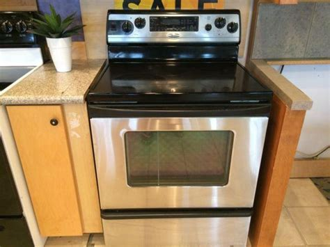 Whirlpool Gold Stainless Smooth Top Range Stove Oven