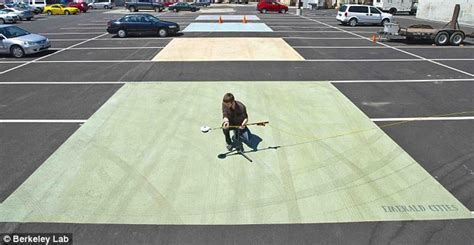 Researchers design 'cool pavement' that could reduce the