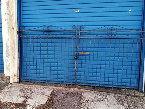 WROUGHT IRON DRIVEWAY GATES NICE QUALITY HEAVY   in West