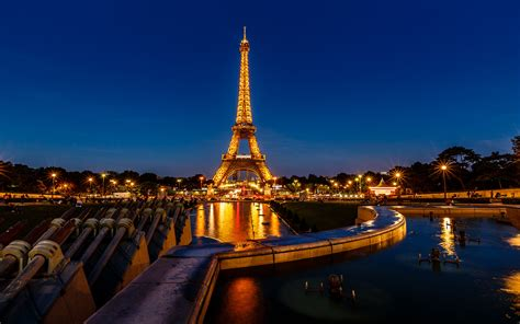 Trocadero Fountains In The Evening And Eiffel Tower Paris